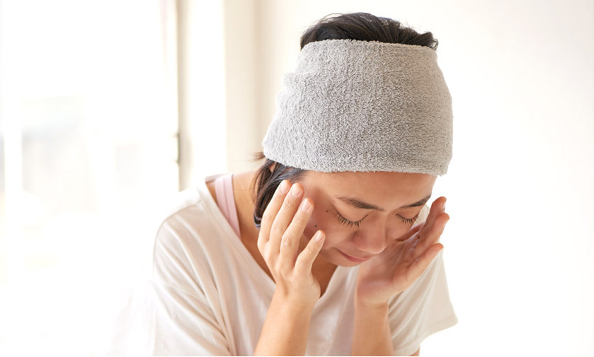 洗顔・メイクの時におすすめのヘアバンド1 LONGパイルターバンヘアバンド 着用画像